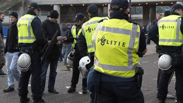 """Un suspect """"terroriste"""" armé a été arrêté par la police, aux Pays-Bas. (Photo d'illustration)"""