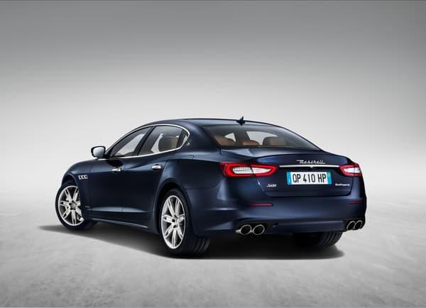Maserati ne bouleverse pas le style qui a fait le succès de la Quattroporte.