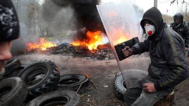 Des militants pro-russes en périphérie de Slavyansk.