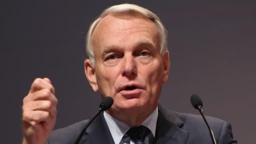 Le Premier ministre Jean-Marc Ayrault tient le cap.