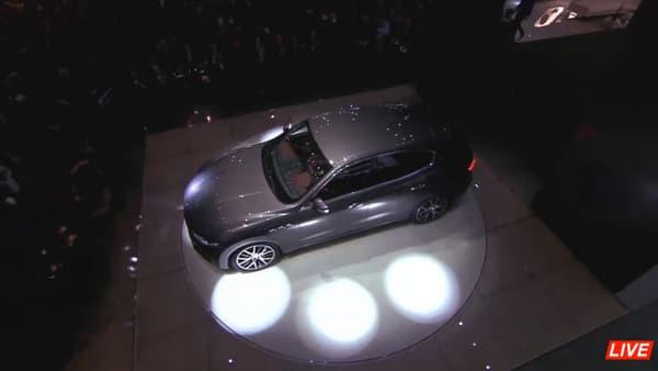 Maserati a dévoile le SUV Levante au salon de Genève.