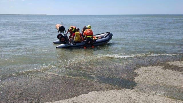 Les deux personnes isolées par la marée en Baie d'Authie