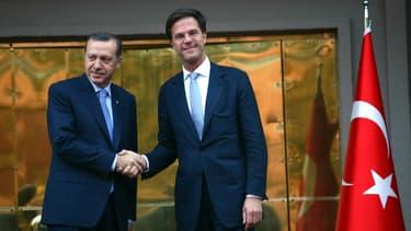 Le président turc Recep Tayyip Erdogan (à l'époque Premier ministre) et le Premier ministre néerlandais Mark Rutte, le 6 novembre 2012, à Ankara.