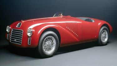 La 125S fût en 1947 la première Ferrari fabriquée officiellement par la marque.