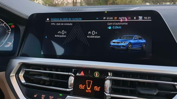Un mode Eco avec analyse du style de conduite est proposé sur la Série 3.