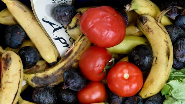 Des fruits et légumes présentés lors d'une campagne anti-gaspis en octobre dernier.