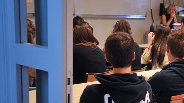 A Paris, les collégiens pourraient être répartis dans les établissements en fonction de plusieurs critères analysés par un logiciel