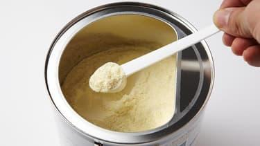 2000 boîtes de lait infantile Premibio font l'objet d'un rappel. (image d'illustration)
