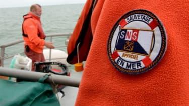 Des sauveteurs de la Société nationale de sauvetage en mer (SNSM) le 4 juillet 2013 à Calais (photo d'illustration).