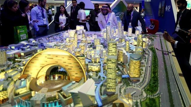 Une maquette du Dubaï Mall a été construite.