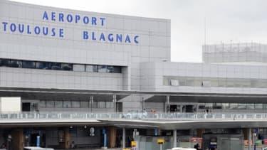 L'Etat se désengage en grande partie de l'aéroport de Toulouse-Blagnac dont il détient 60% du capital.