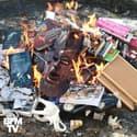 """Des livres """"Harry Potter"""" et """"Twilight"""" brûlés lors d'un autodafé par des prêtres en Pologne"""
