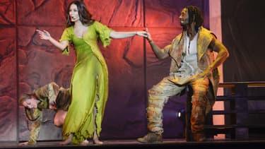 "Hiba Tawaji incarne Esmeralda dans cette nouvelle version de ""Notre Dame de Paris"""