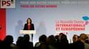 La Convention nationale du Parti socialiste a été samedi l'occasion d'une nuée de flèches contre la politique étrangère de Nicolas Sarkozy, notamment décochées par une Ségolène Royal très applaudie. /Photo prise le 9 octobre 2010/REUTERS/Gonzalo Fuentes