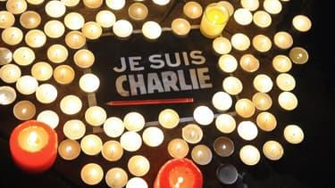 """Le logo """"Je suis Charlie"""" est l'objet depuis plusieurs jours de nombreuses tentatives d'exploitation mercantile."""