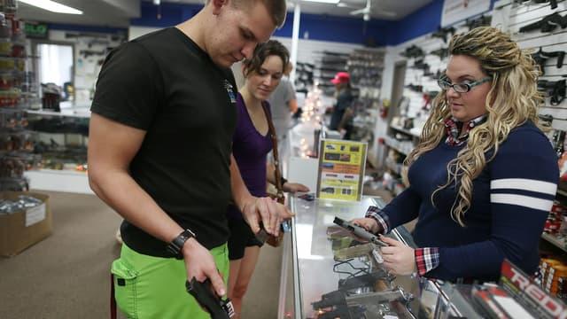 Même ceux qui étaient opposés aux armes s'équipent. En 2020, les néophytes représentent 40%, des acheteurs.