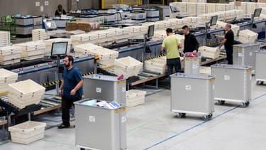 L'informatisation des outils de gestion, le succès de l'e-commerce et la demande croissante de livraisons rapides contribuent au succès de la logtsique et des transports.