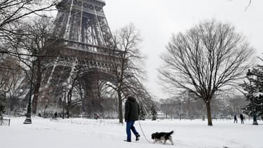 Les chutes de neige perturbent la capitale.