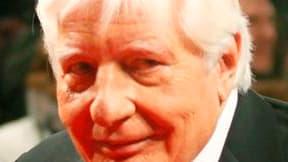 """Le milliardaire et playboy allemand Günther Sachs, qui fut le mari de Brigitte Bardot, s'est suicidé à l'arme à feu dans son domicile de Gstaad (Suisse). Dans une note que sa famille a communiquée aux médias, il explique qu'il souffrait d'une """"maladie san"""
