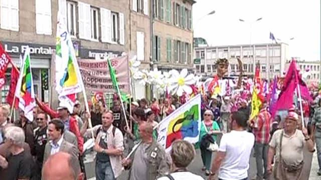 Mobilisation à Guéret, dans la Creuse, pour la défense du service public en zones rurales.