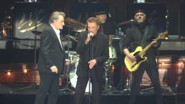 Johnny Hallyday sur scène avec les Vieilles Canailles