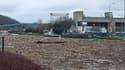 8.000 m² de déchets sont amassés à Méricourt, au niveau de la dernière écluse de la région parisienne.