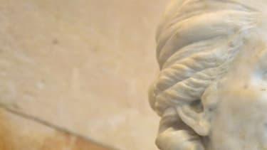 Le buste d'Olympe de Gouges à l'Assemblée nationale