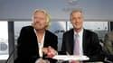 Richard Branson (à gauche), le patron de Virgin Group, et Tom Enders, le président d'Airbus, près de Toulouse. Le constructeur européen a battu Boeing sur le fil dans la bataille des commandes de nouveaux avions en 2010, franchissant au passage la barre s