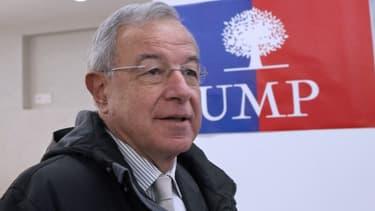Alain Lamassoure arrive largement en tête en Ile-de-France, devant le FN et le PS.