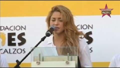 Shakira : Son nouveau record à 100 millions de like sur Facebook