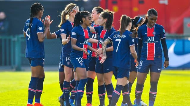 L'équipe féminine du PSG ne connait pas son sort après le report du match face à Prague