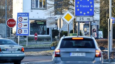 A la frontière franco-allemande, entre Cocheren (Moselle) et Nassweiler en Allemagne, le 1er mars 2021. (Photo d'illustration)