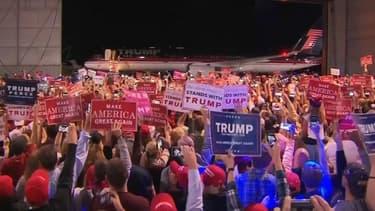 En Pennsylvanie, Donald Trump a tenu un meeting sur le tarmac de l'aéroport de Moon Township.