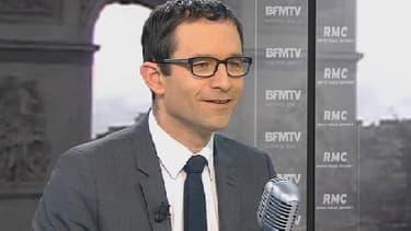 Le ministre délégué à la Consommation et à la Solidarité, Benoît Hamon, le 10 avril 2013 sur BFMTV