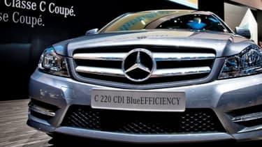 Mercedes est en litige avec l'administration française qui a stoppé les immatriculations de ses véhicules.