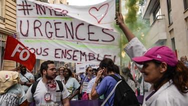 Des urgentistes manifestent à Paris, le 6 juin 2019. - Aurore Mesenge - AFP