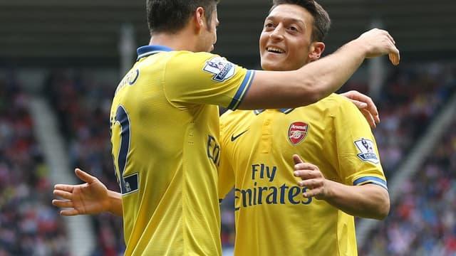 Olivier Giroud et Mesut Özil
