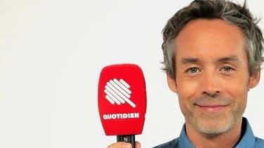 """Yann Barthès va présenter sur TMC """"Quotidien"""", émission dans l'esprit du """"Petit Journal"""" qu'il animait sur Canal+."""