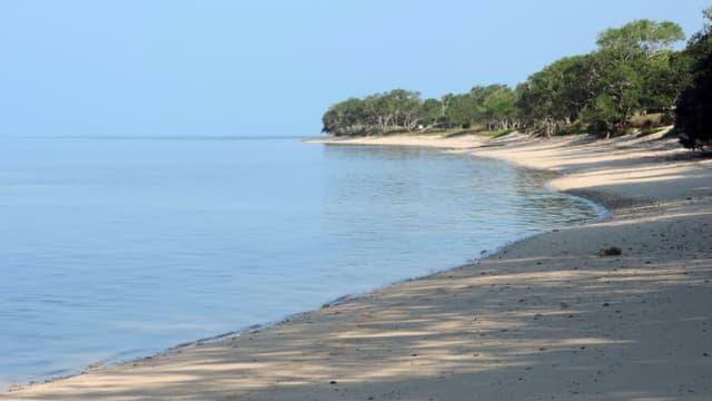 Une plage du Pacifique près de Bourail, en Nouvelle-Calédonie, le 11 mai 2016