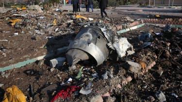 Débris du Boeing 737 qui s'est écrasé mercredi 8 janvier 2020 à Téhéran