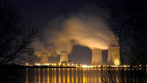 Les coûts de production du nucléaire en France ont bondi de 20% en trois ans, selon la Cour des comptes.