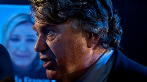 Gilbert Collard en avril 2012, alors président du comité de soutien de Marine Le Pen à l'élection présidentielle.