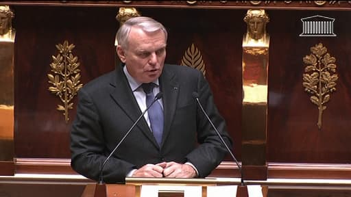 Jean-Marc Ayrault s'est exprimé devant l'Assemblée nationale pour lui demander la poursuite de l'intervention française en Centrafrique.