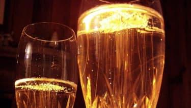 Les amateurs de champagne sont, eux aussi, gagnés par la morosité économique.
