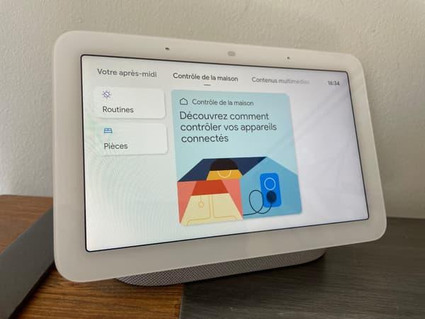 Nest Hub contrôle les appareils connectés de la maison