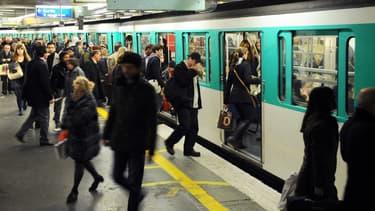 Pour assurer la couverture 3G/4G de son réseau métropolitain souterrain, la RATP construit une infrastructure télécoms mutualisée capable d'accueillir les quatre opérateurs mobiles.