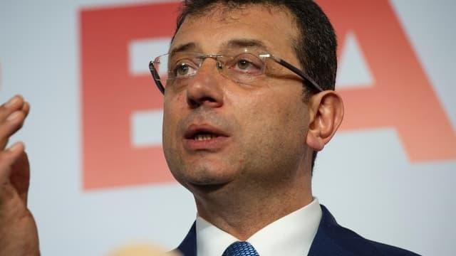 Après dépouillement de 99% des bureaux de vote d'Istanbul, Ekrem Imamoglu obtient 48,79% des voix, contre 48,51% pour son concurrent.