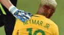 Neymar le visage en sang