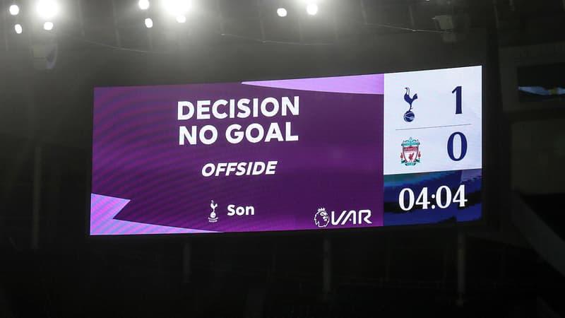 Premier League: une solution trouvée pour les hors-jeu polémiques avec le VAR