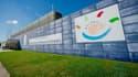 L'aéroport de Nîmes-Alès-Camargue-Cévennes fait partie des 18 aéroports concernés par la cession des actifs français du groupe canadien SNC Lavalin. Pour cet aéroport,  SNC LAVALIN avait obtenu la délégation de service public le 1er Janvier 2013 pour une durée de 7 ans.